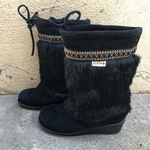 BEARPAW Girls Black Natural Fur Wedge Booties Sz 5